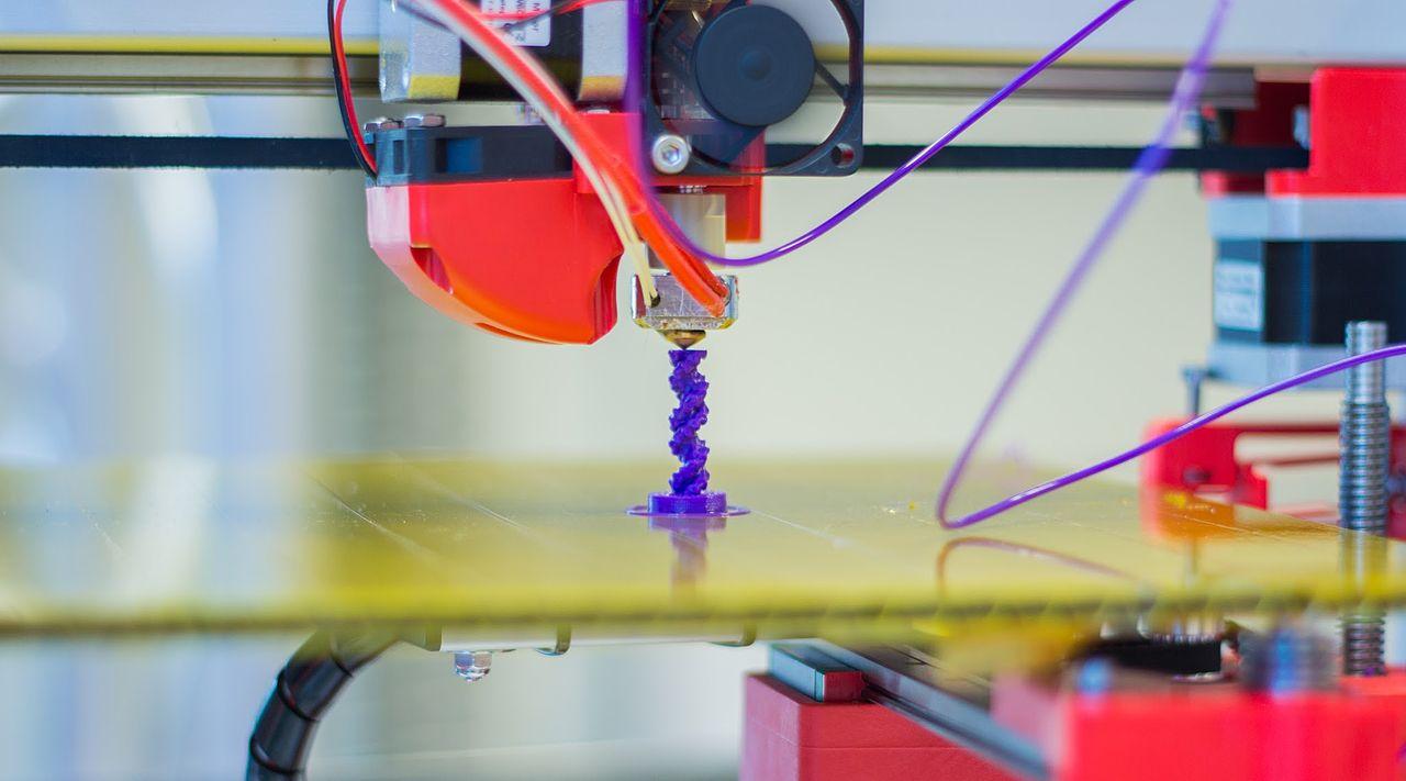 Création de pièces à l'aide d'imprimante 3D