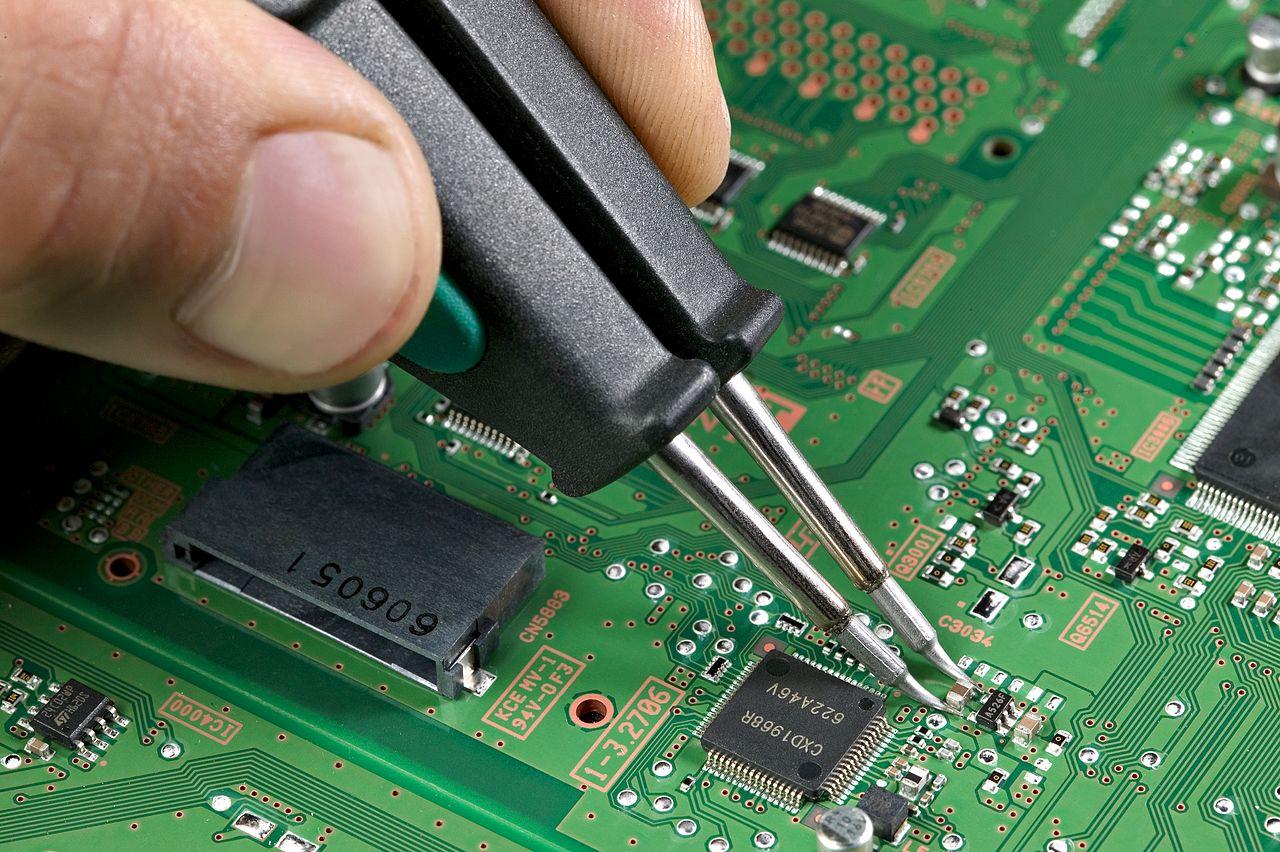 Réparation et conception de gadgets électroniques